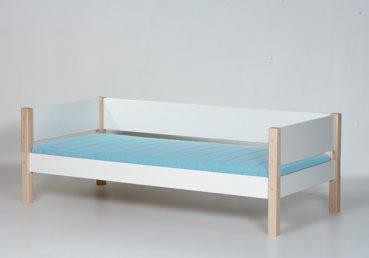 kinderbett 39 odin 39 wei manis h lovely little. Black Bedroom Furniture Sets. Home Design Ideas